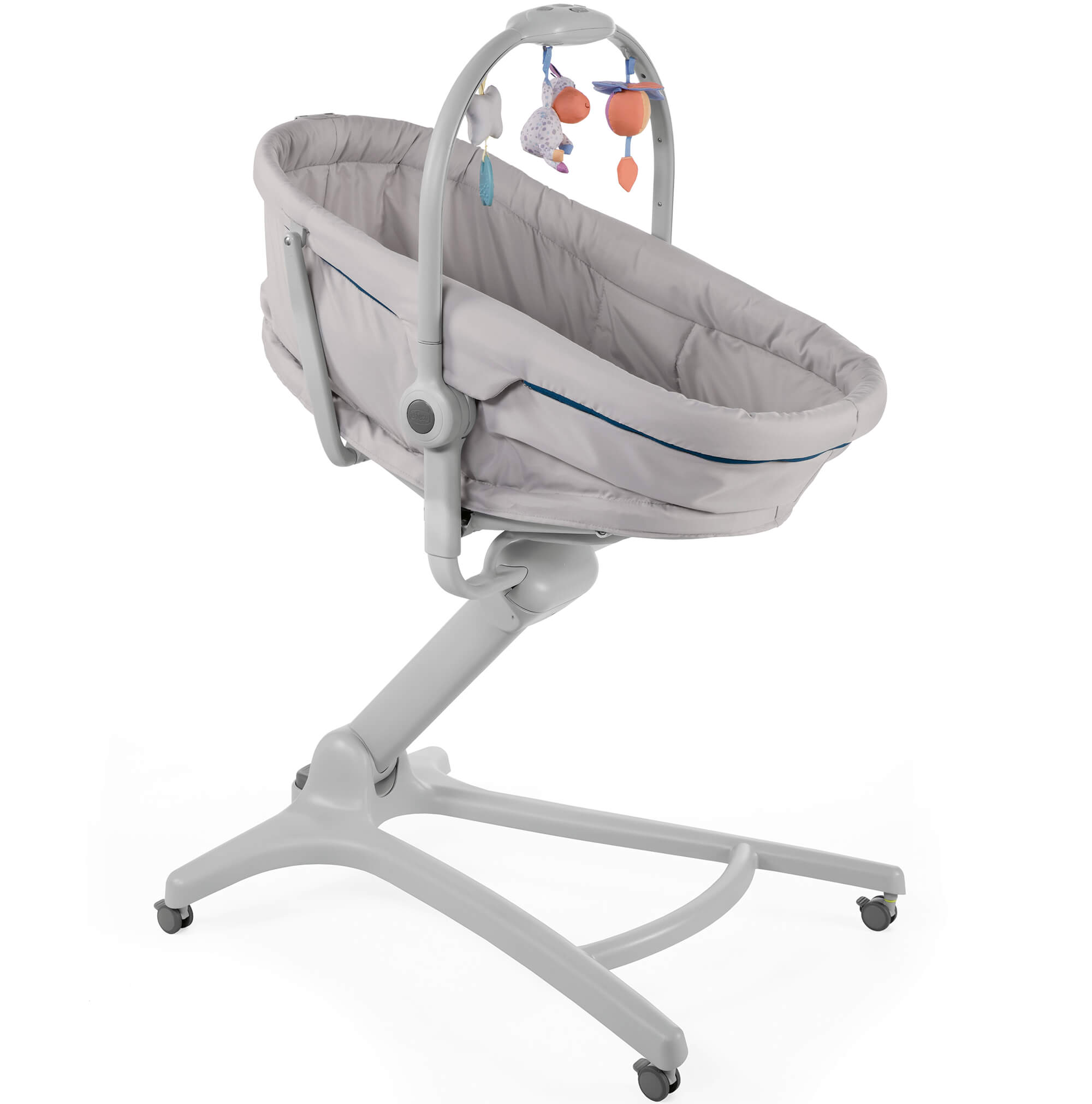 Miraculous Chicco Baby Hug 4 In 1 Glacial Bassinet Reclining High And Child Chair Pabps2019 Chair Design Images Pabps2019Com
